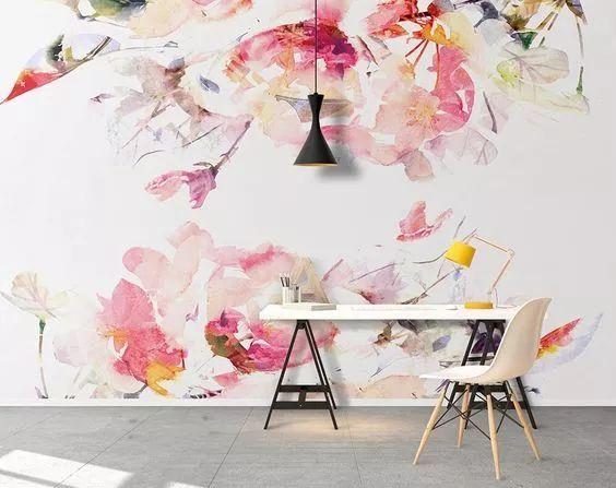 墙画的图案和色彩服从整体的设计风格、设计脉络